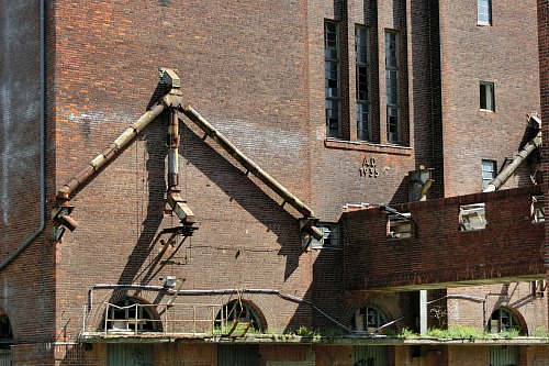 Wismar Storehouse District, Detail of Löwe-Storehouse, built in 1935 for the storage of grain Heritage Dietlind.Kruse